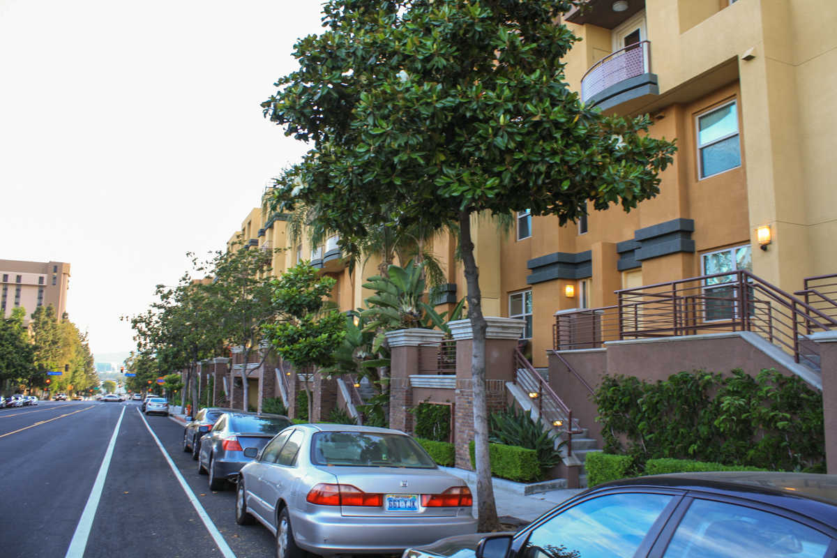Burbank Village Walk Condominiums